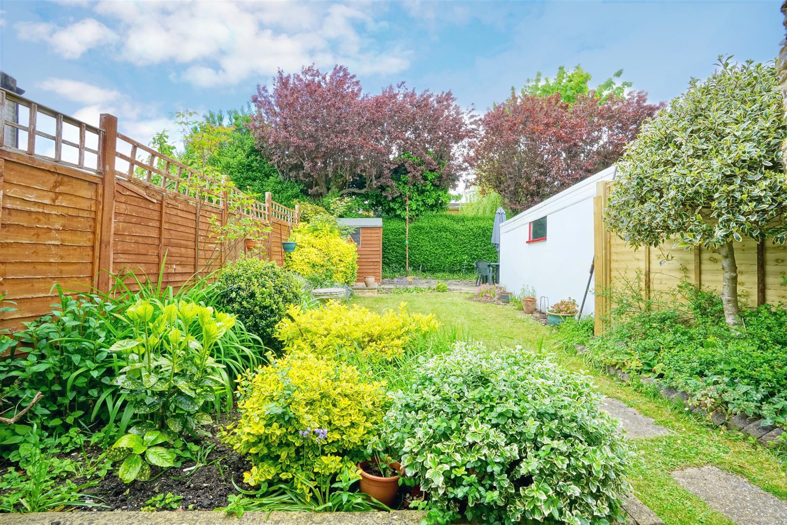 Garden Centre: Garden Center Portslade