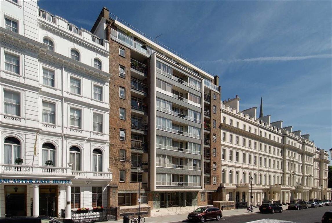 Property In Lancaster Gate London W2 3nj