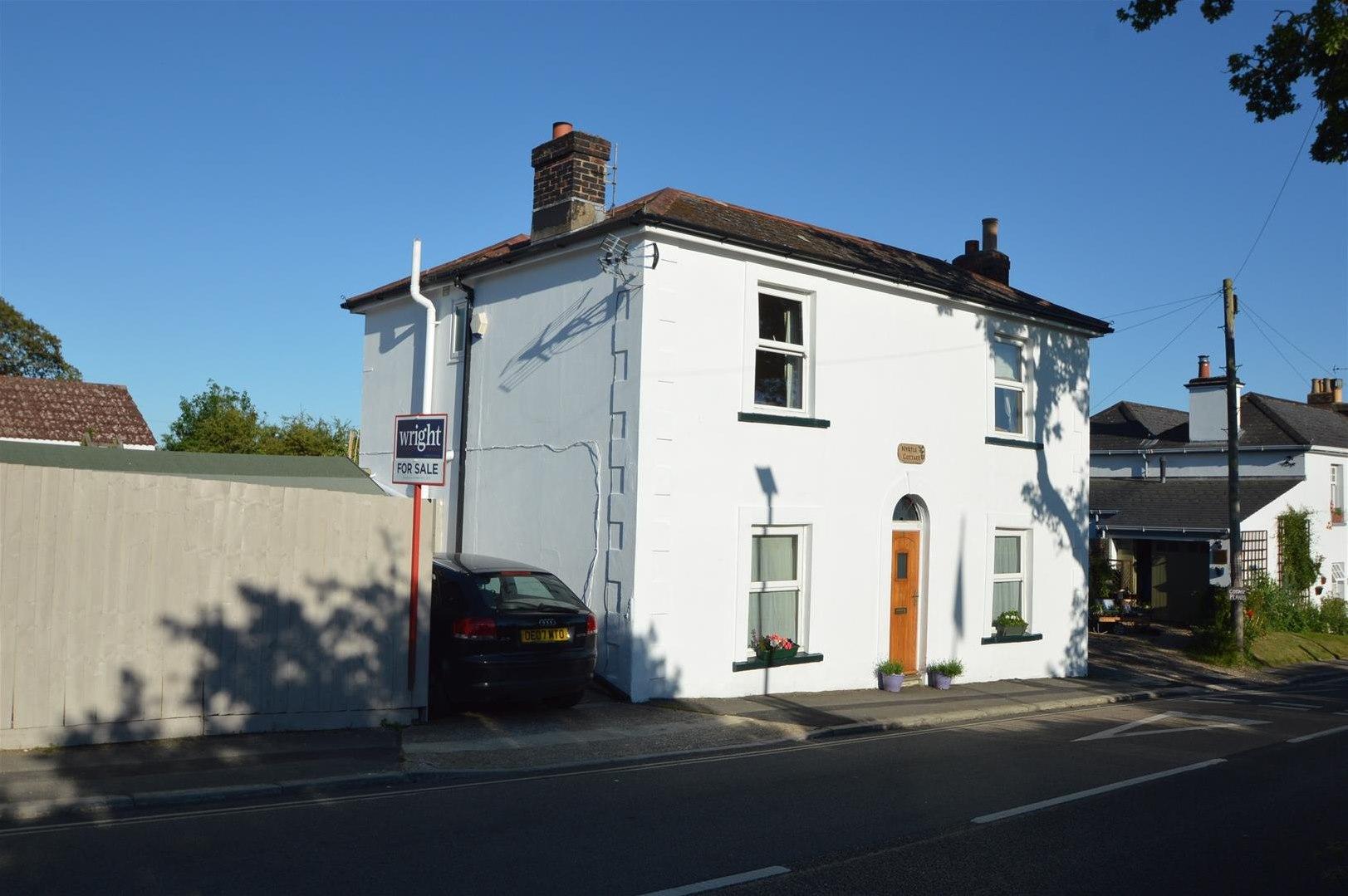 Ashey Road